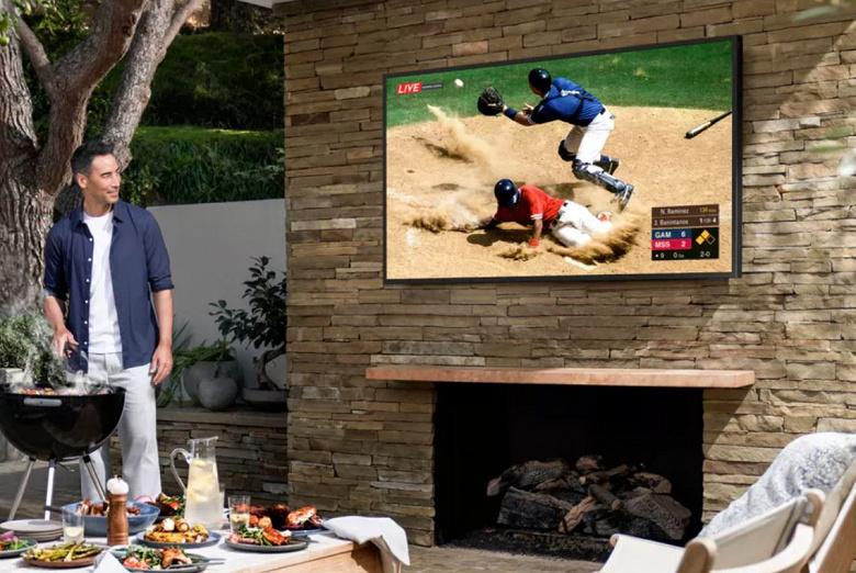 Samsung выпустила 55-дюймовый телевизор для дачи за 245 тыс. рублей