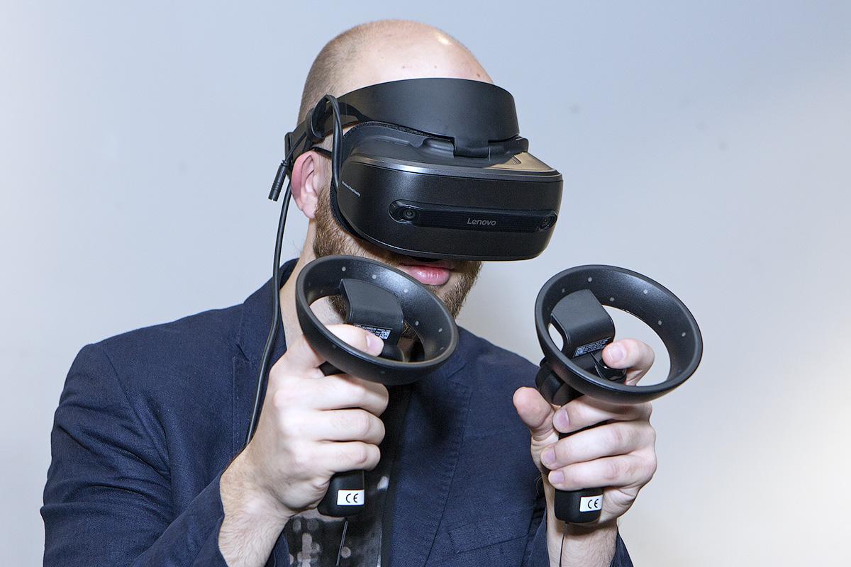 Учёные обнаружили, что игры в виртуальной реальности создают «сжатия времени»