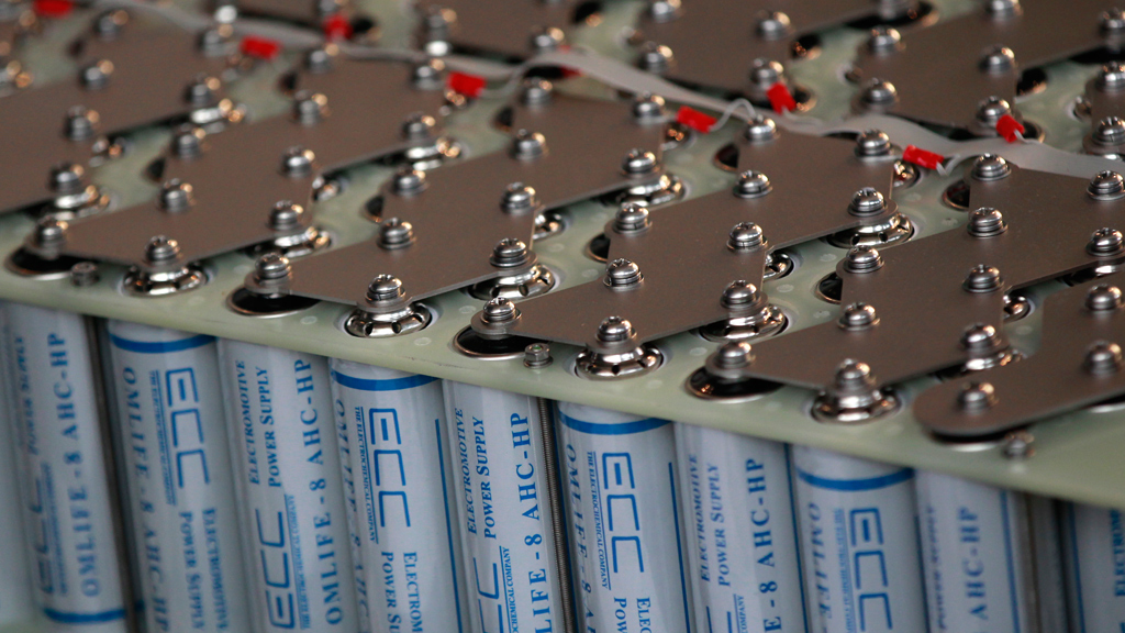 В Австралии разработали революционные графеновые алюминиево-ионные аккумуляторы