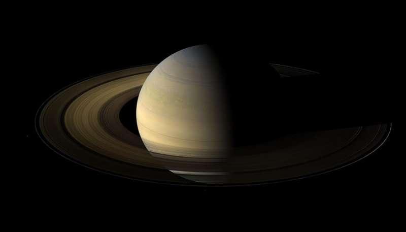 Эксперименты подтверждают возможность гелиевого дождя внутри Юпитера и Сатурна
