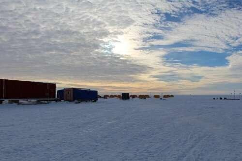 Микробы питаются щебнем в подледниковых озерах под Антарктидой