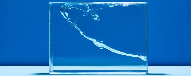 Ученые считают, что в стекле обнаружена неизвестная жидкая фаза