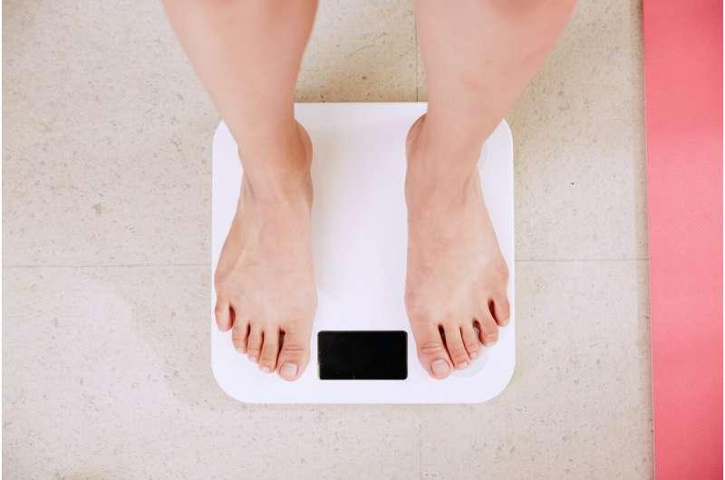 Люди, живущие с ожирением, молча борются со своим весом