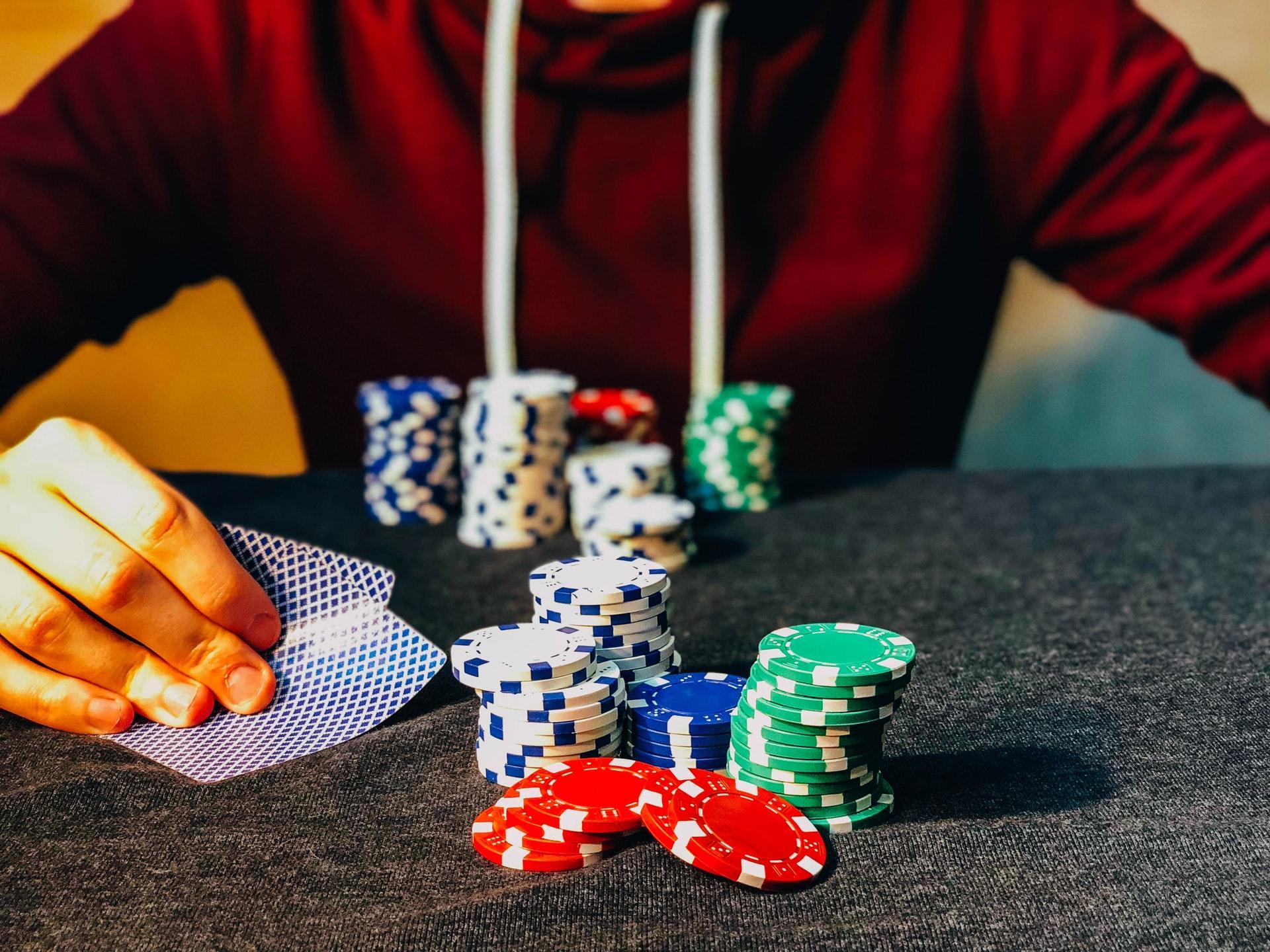 Рукоделие, покер и сайты: выбираем онлайн-бизнес