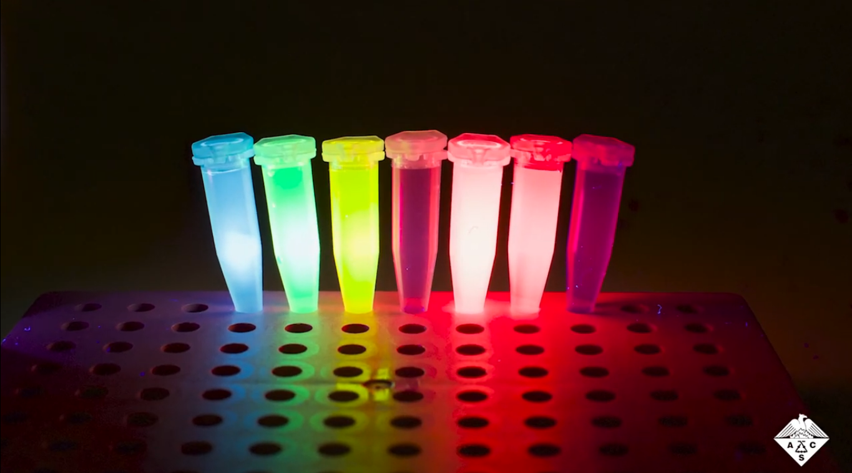 Хранение данных в виде смесей флуоресцентных красителей